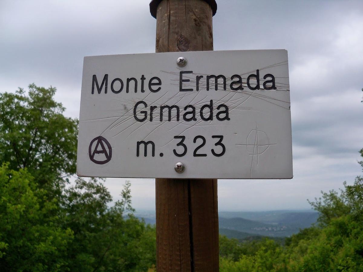 Da Ceroglie al monte Ermada 323 m s.l.m sentiero cai n°8 e n°3